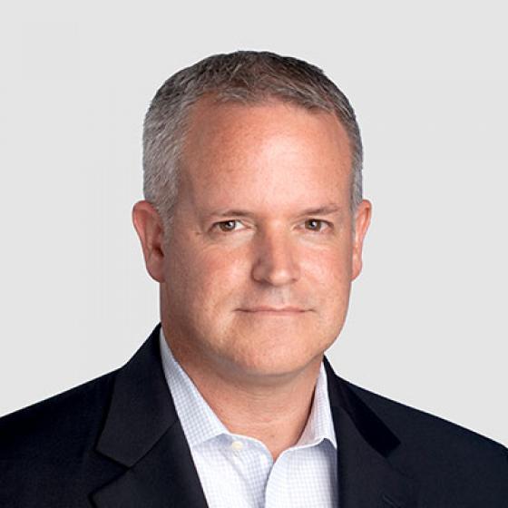 David Gray es el director financiero de Superior Essex, un puesto que ha ocupado durante los últimos dos años. Gray había pasado los últimos cinco años de su vida profesional en la compañía, donde fue ascendido de vicepresidente de finanzas de la División de Comunicación y Energía por Cable a su cargo actual de supervisor de un fabricante global de $2,000 millones de dólares. Antes de llegar a Essex, fue vicepresidente de finanzas e informática en Cooper Bussman, así como director financiero interino de Digital Blue, donde ayudó a reducir los gastos de venta, generales y administrativos en un 30%, lo que condujo a una adquisición exitosa. Obtuvo su título de Contador Público en Penn State, se certificó como CPA por la Junta de Contabilidad Pública de Maryland y recibió su CMA del Institute of Management Accountants.